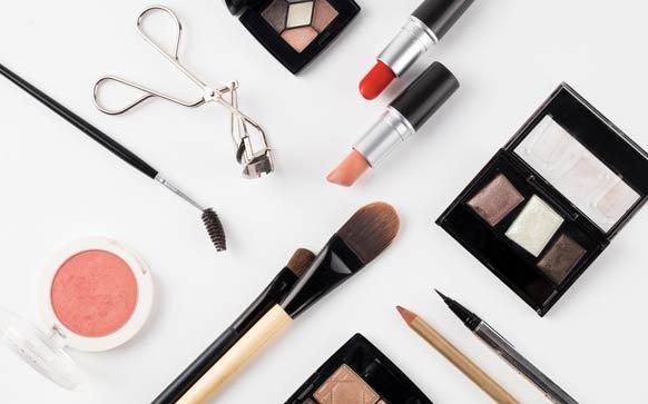 如何画简单点的彩妆