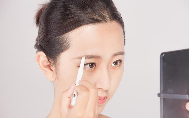 眼睛的化妆方法