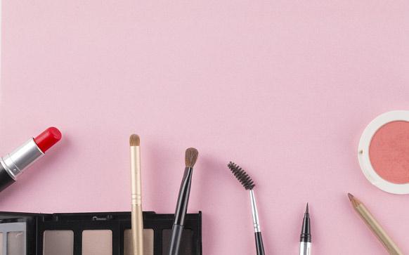 新手淡妆化妆步骤