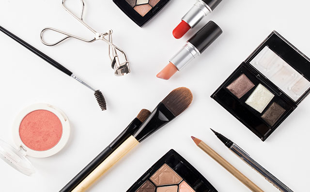 新手学化妆的基本步骤